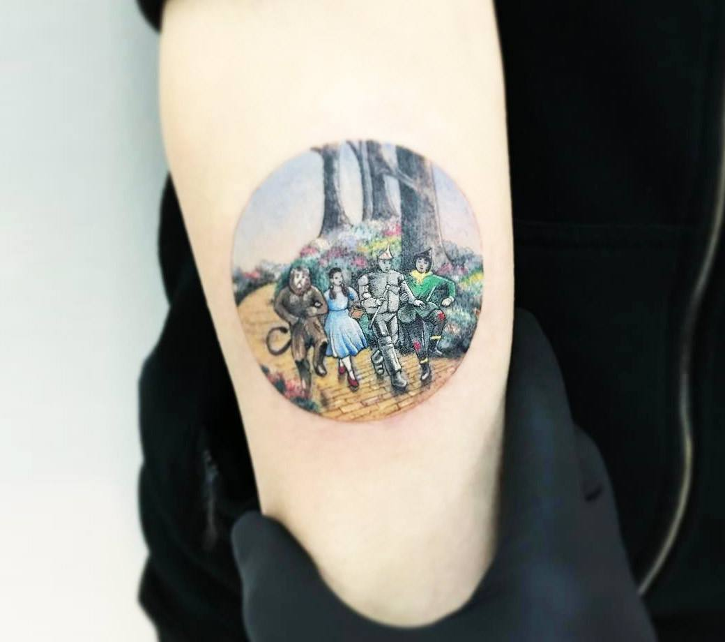 The Wizard of Oz tattoo by Eva Krbdk | Photo 17375